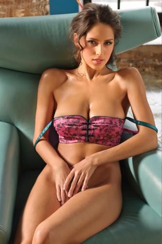 celebrity pune escorts